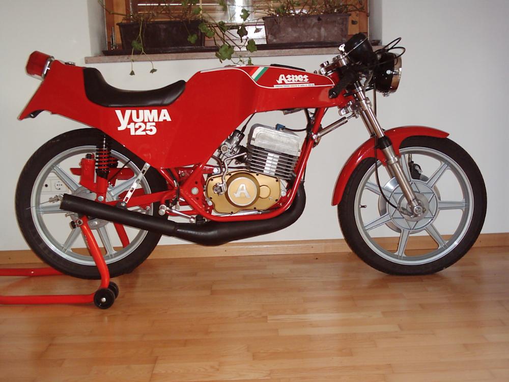 "Yuma motore ""Testa-quadra""."
